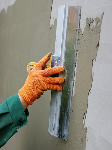 leveling stucco on wall